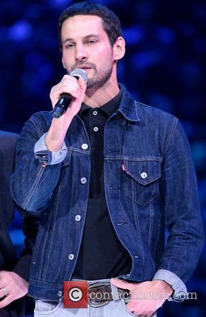 Triple Treat For Sam Roberts At Juno Awards