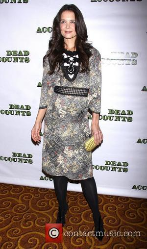 Pictures: Katie Holmes Beams At Dead Accounts Premiere
