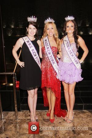 Lisa Warren - Mrs. New York International,...