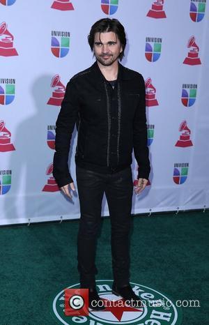Latin Grammy Awards: Jesse & Joy Take Four!