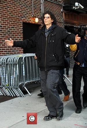 Howard Stern Gets Thumbs-up For America's Got Talent Debut