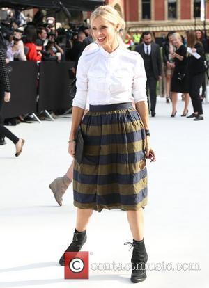 Laura Bailey London Fashion Week Spring/Summer 2013 - Burberry - Arrivals London, England - 17.09.12