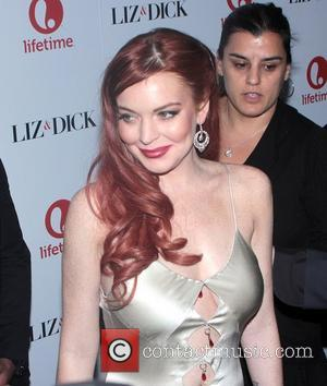 The Irs Seize Lindsay Lohan'S Bank Accounts – Charlie Sheen Bail-out Wasn'T Enough