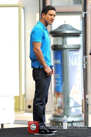Mario Lopez  seen on the set of 'Extra' at the Grove Los Angeles, California - 26.09.12