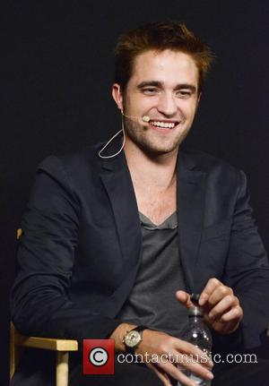 Pattinson Urges End To Movie Ratings