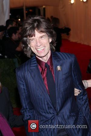 Mick Jagger Enjoys A Good Laugh And A Few Tunes On Snl Series Finale