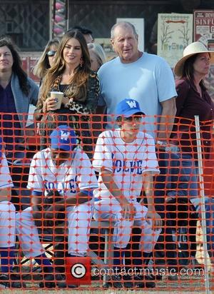 Sofia Vergara and Ed O'Neill Filming a scene from Morden Family Los Angeles, California - 02.11.12