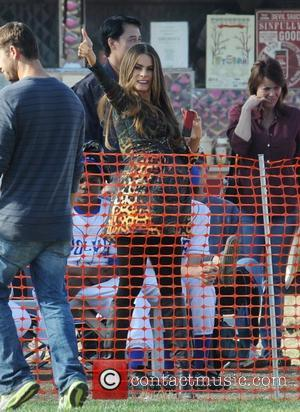 Sofia Vergara Filming a scene from Morden Family Los Angeles, California - 02.11.12