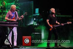 Moody Blues To Recreate 1970 Isle Of Wight Festival At Sea