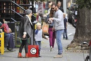Liev Schreiber, Naomi Watts and Alexander