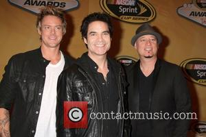 Train To Perform Uplifting Festive Gig For Storm Victims In Sea Bright