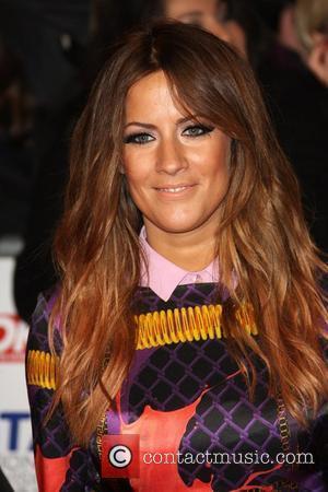 Caroline Flack Kisses Singer Mccarthy After Harry Styles Split