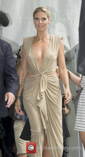 Heidi Klum To Make Tv Chat Debut After Marriage Split