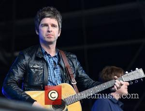 Noel Gallagher And David Beckham Share Stone Roses Memories In Gig Programme
