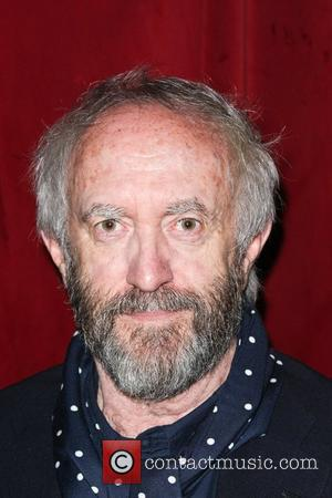 Jonathan Pryce Turns In Stunning Performance As King Lear