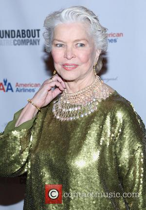 Ellen Burstyn Struck Down With Bronchitis