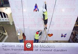 Damien Hirst Retrospective Breaks Tate Modern Record