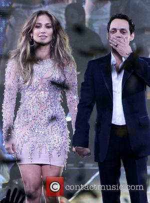 Thief Strikes At Jennifer Lopez Concert