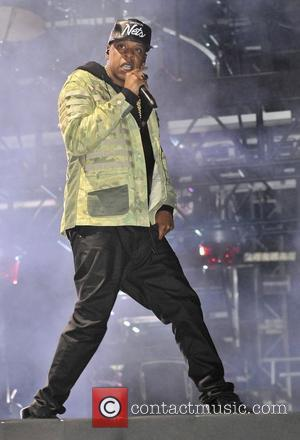 Jay-z Auctioning Off Courtside Company For Charity