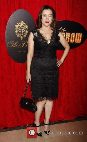 Jennifer Tilly Supplements Her Income With Poker