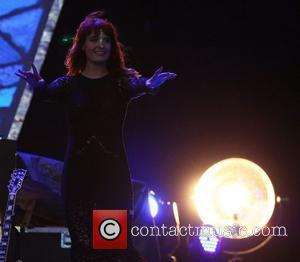 Florence Welch Drenched By Festival Thunderstorm