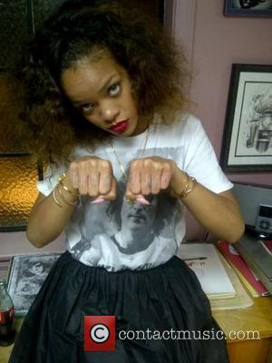 Rihanna, Tattoo and Tupac Shakur