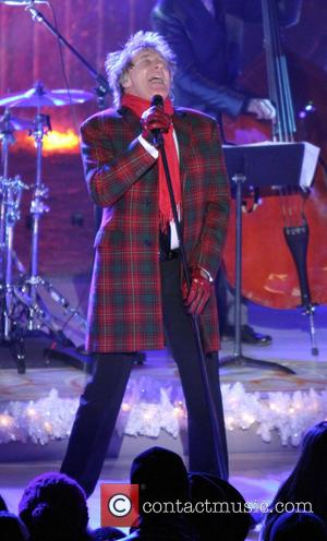 The 80th Annual Rockefeller Center Christmas Tree Lighting Ceremony at Rockefeller Center  Featuring: Rod Stewart