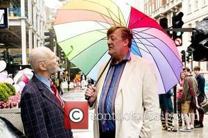 Stephen Fry Pens Open Letter To Jailed Russian Band