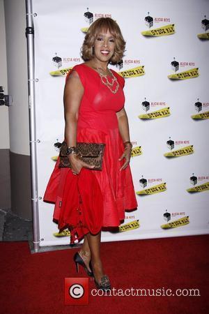 Gayle King This Morning Debut Wins Praise From Oprah