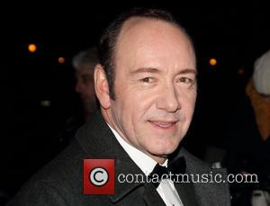 Kevin Spacey Duets With Jeff Goldblum At Musical Gala