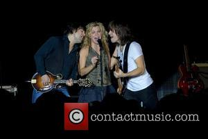 The Band Perry Thank Hometown With Free Concert