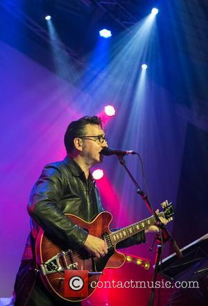 Richard Hawley Launches Guitar Contest