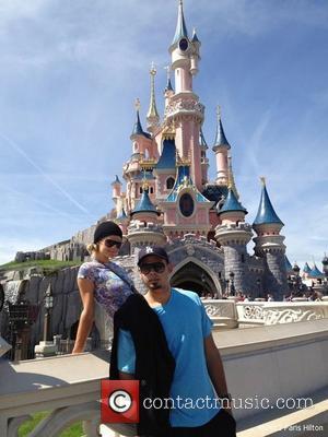 Disneyland, Paris Hilton