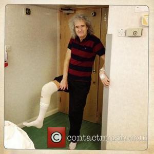 Brian May Undergoes Knee Surgery