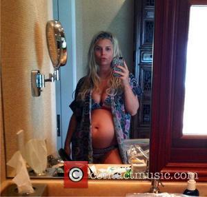 Ace News! Jessica Simpson To Name Baby After Jim Carrey Character?