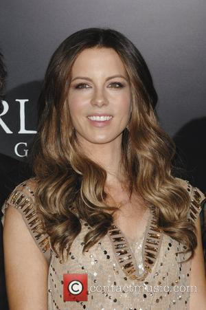 Kate Beckinsale & Clint Eastwood To Be Feted By Costume Designers Guild