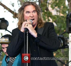 Val Kilmer Goes Wild Onstage With The Black Lips At Festival