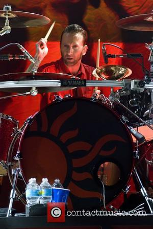 Godsmack Star Angry Over Fan Stage Scuffle