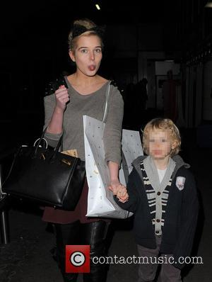 Helen Flanagan - Helen Flanagan arrives at a train station London United Kingdom Thursday 24th January 2013