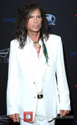 No Pictures Please! Steven Tyler Leads The Fight Against Paparazzi