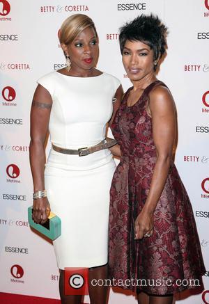 Mary J Blige and Angela Bassett