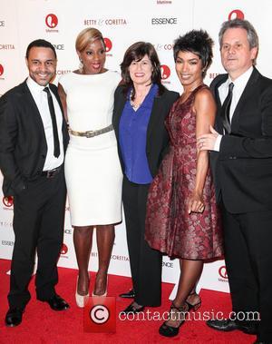 Mary J Blige and Angela Bassett - Premiere of 'Betty & Coretta' New York City USA Monday 28th January 2013
