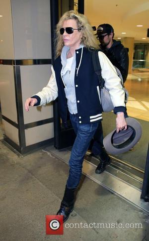 Kim Basinger - Kim Basinger At LAX Los Angeles California United States Tuesday 29th January 2013