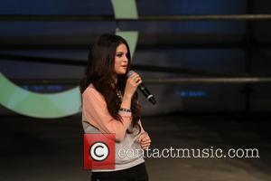 Selena Gomez - Selena Gomez attends Adidas fashion show