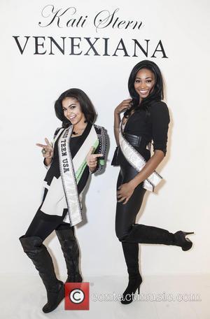 Logan Leyland(miss Teen Usa) & Nana Meriweather( Miss Usa)