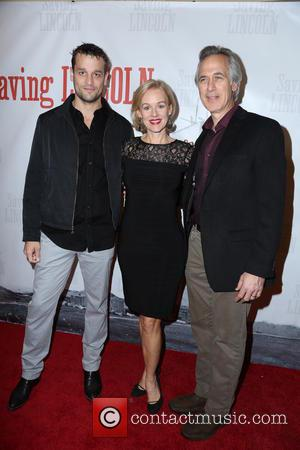 Lea Coco, Penelope Ann Miller and Tom Amandes