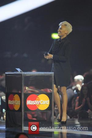 Emeli Sande - The 2013 Brit Awards (Brits) at O2 Arena, Brit Awards - London, United Kingdom - Wednesday 20th...