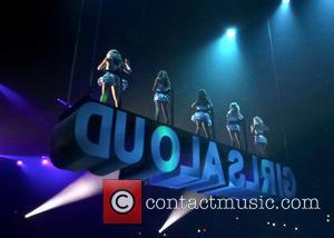 Girls Aloud, Sarah Harding, Cheryl Cole, Kimberley Walsh, Nicola Roberts and Nadine Coyle - Girls Aloud Perform - England, United...