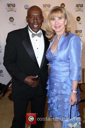 Ernie Hudson and Linda Kingsberg - 23rd Annual Night Of 100 Stars Black Tie Dinner Viewing Gala at the Beverly...