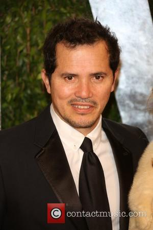John Leguizamo - 2013 Vanity Fair Oscar Party at Sunset Tower - Arrivals - Los Angeles, California, United States -...